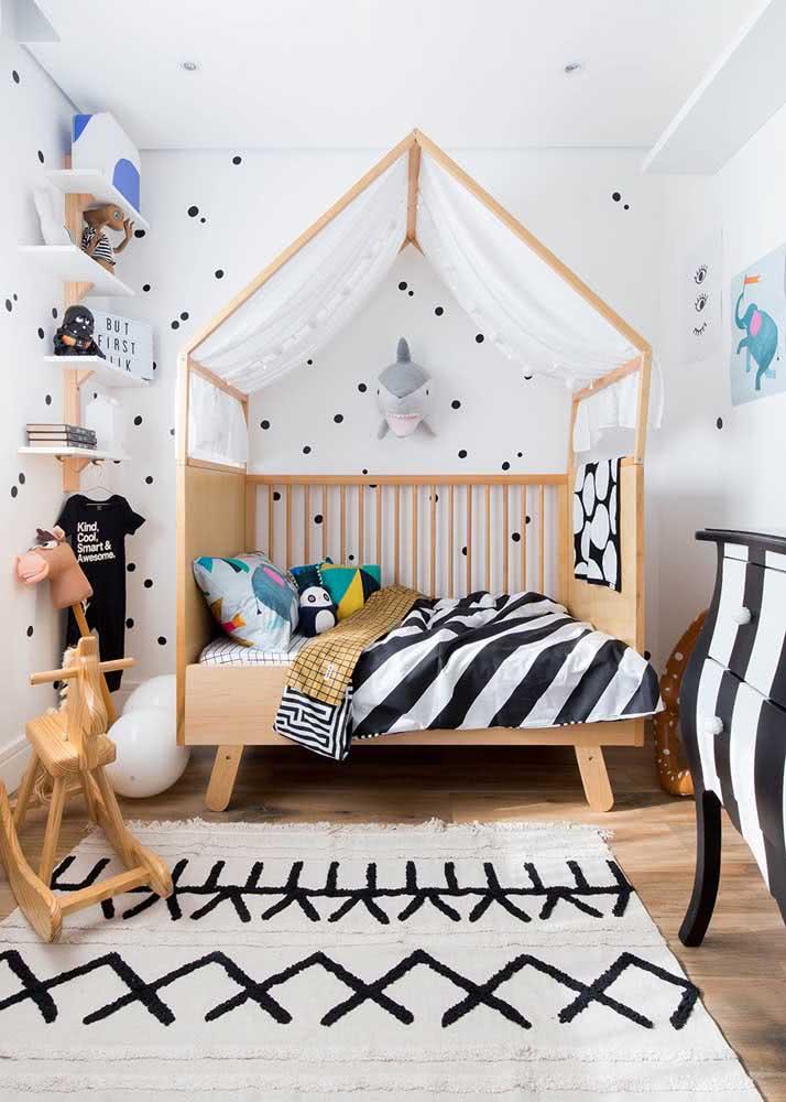 Papel de parede para quarto infantil com estampa de poá: neutra e moderna