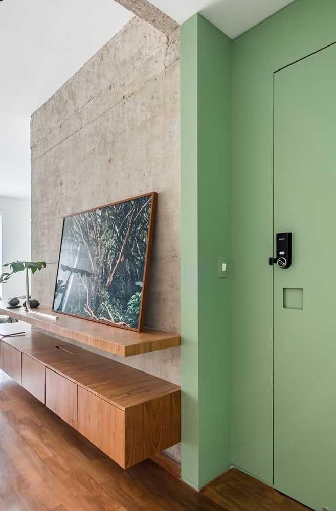Uma cor para marcar presença no hall de entrada pequeno decorado