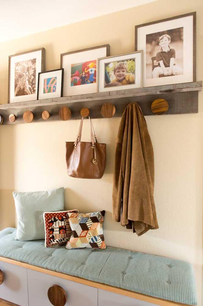 Conforto e afetividade na decoração do hall de entrada pequeno
