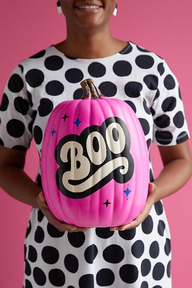 Já pensou numa abóbora de halloween cor de rosa?