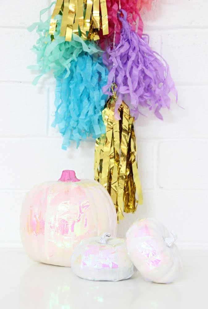 Brilhantes e coloridas, essas abóboras de halloween são puro charme