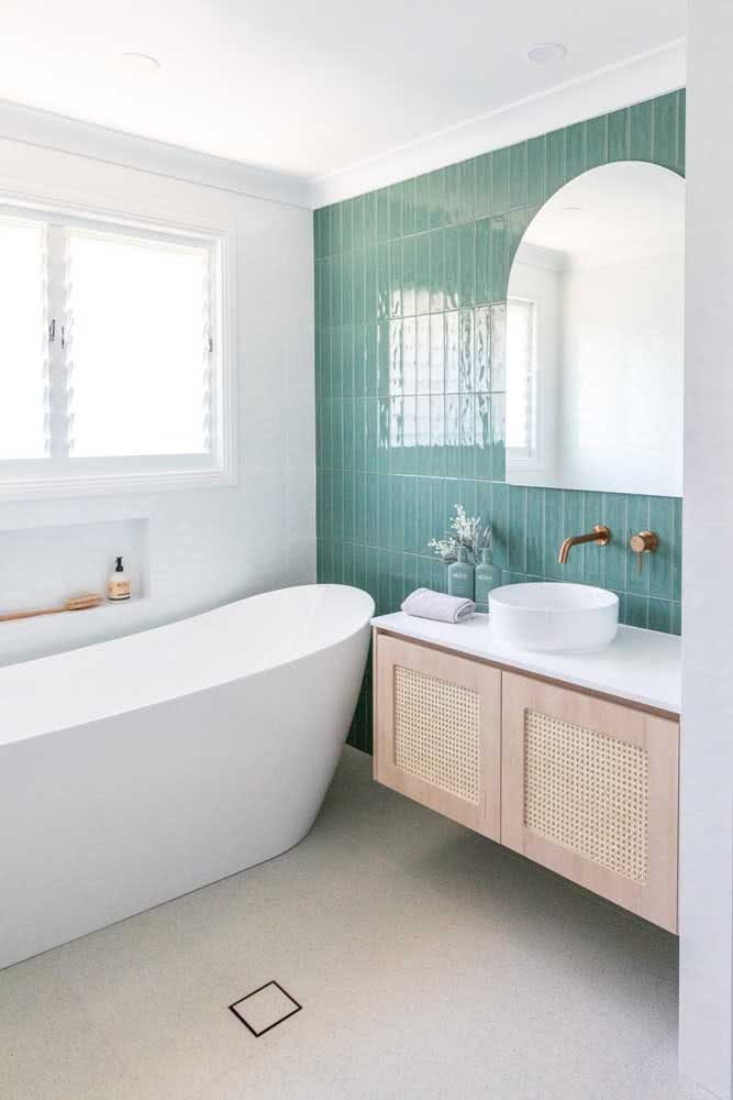 Cerâmica para parede banheiro com paginação vertical