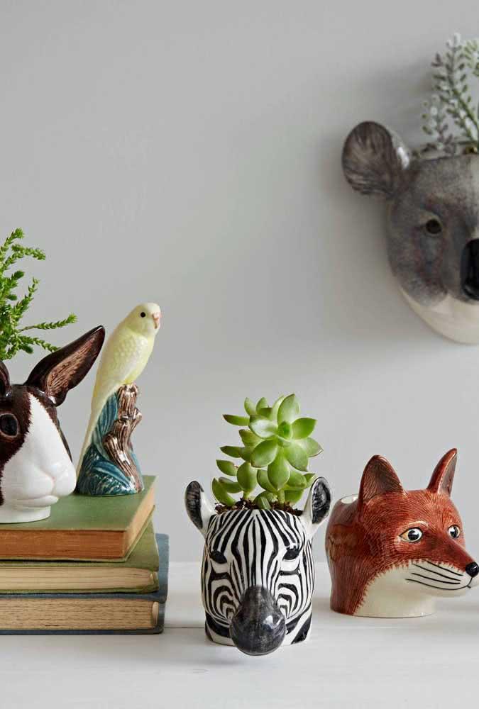 Cabeças de animais podem virar vasos criativos para suculentas