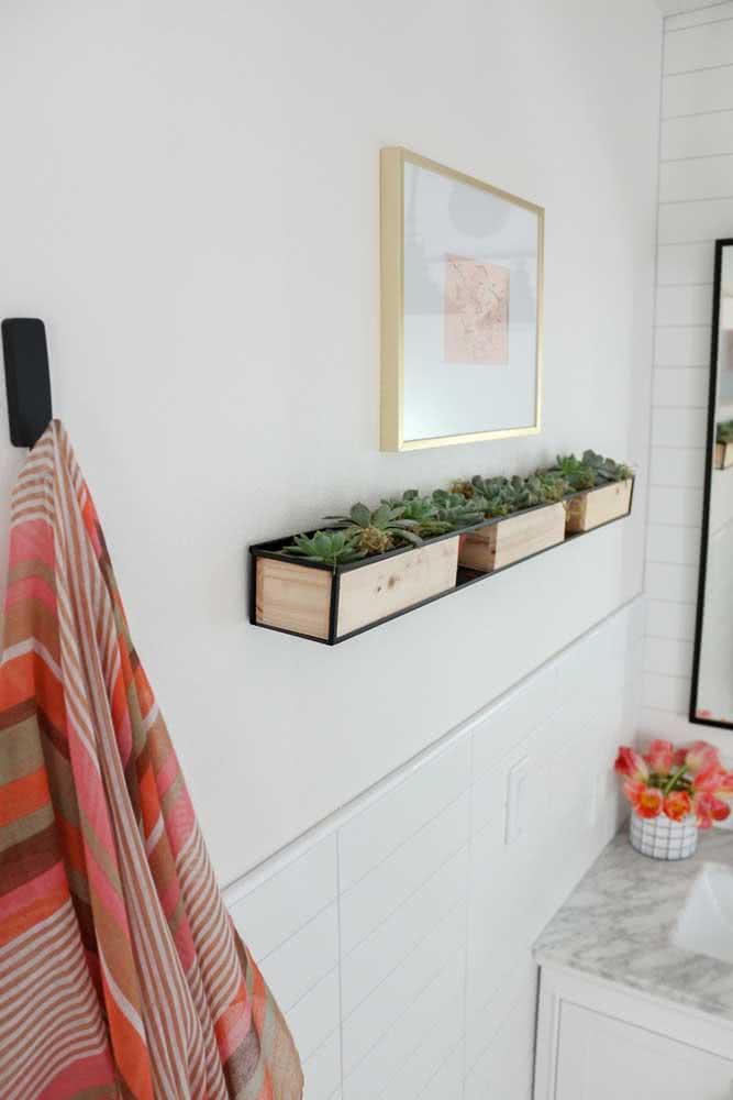 Já pensou em usar jardineiras de madeira para as suculentas?