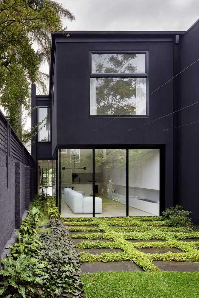 Uma fachada monocromática pode ser mais surpreendente do que você imagina