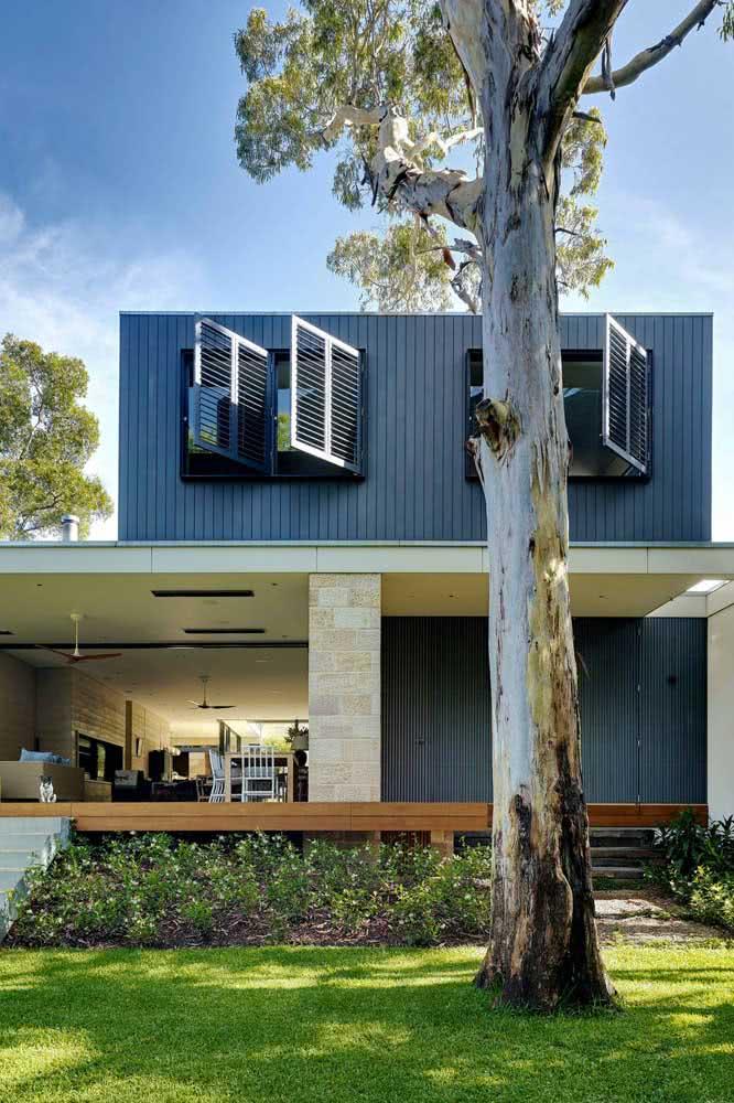 O azul também cumpre muito bem o papel de cores de casas modernas externas