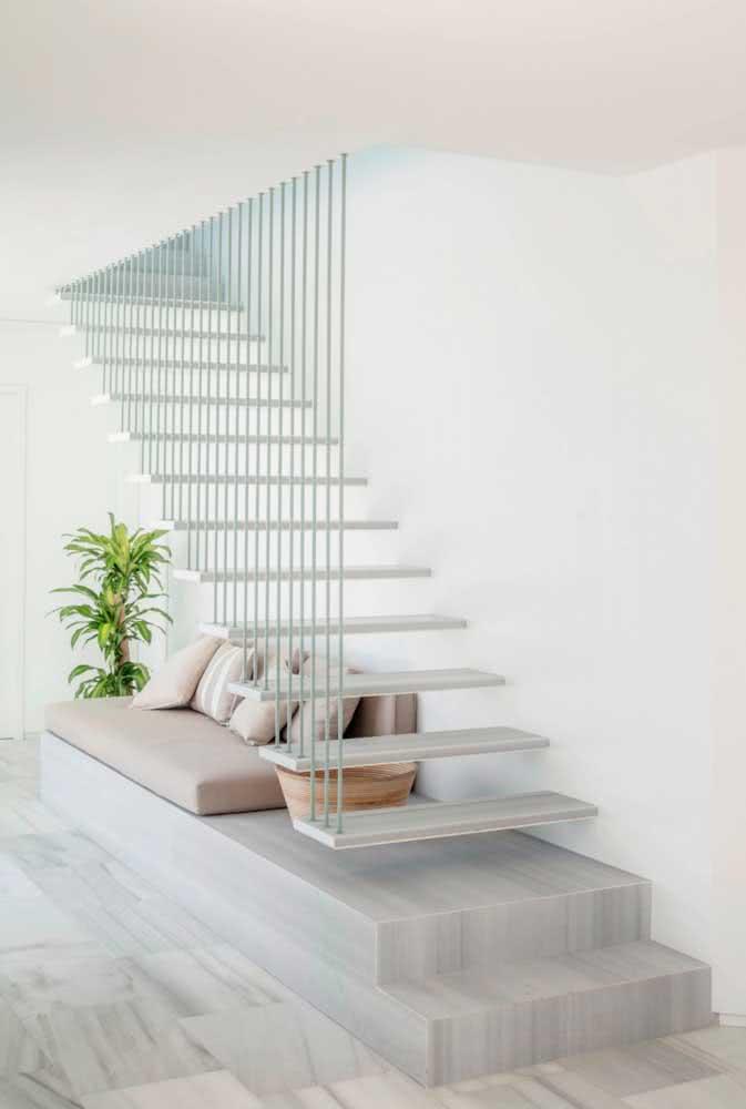 Em residências menores, nada como aproveitar este espaço para ampliar a sala por exemplo.