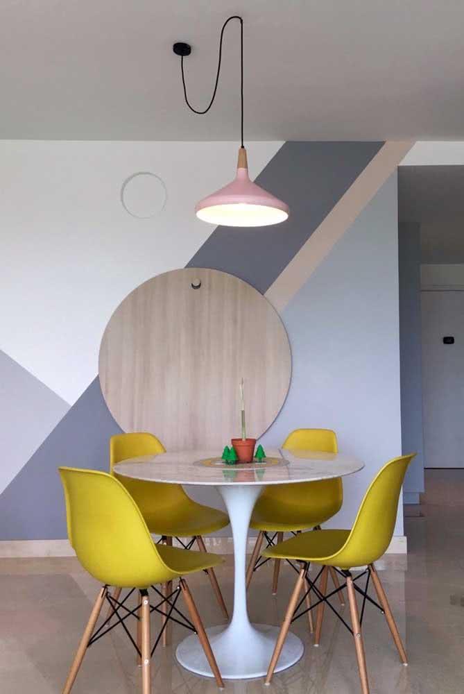 Escolha a parede de maior destaque do ambiente para a pintura geométrica