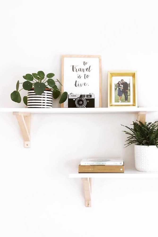 Que tal decorar o home office com a pilea?