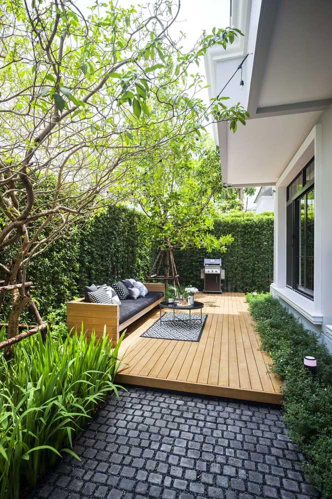 Decoração de quintal pequeno super aconchegante para receber as visitas