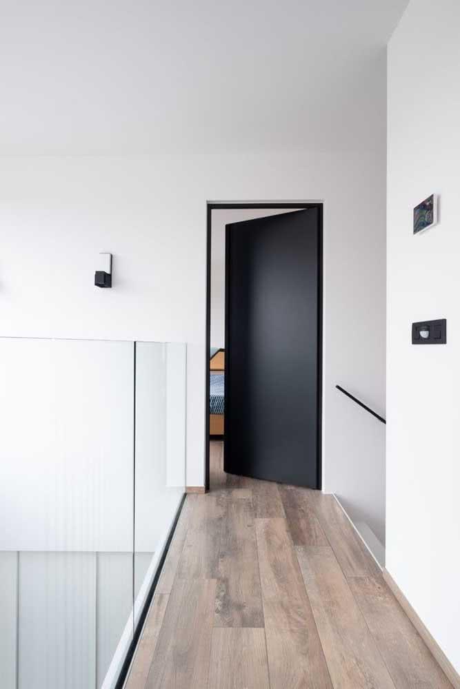 Porta de quarto preta simples e moderna