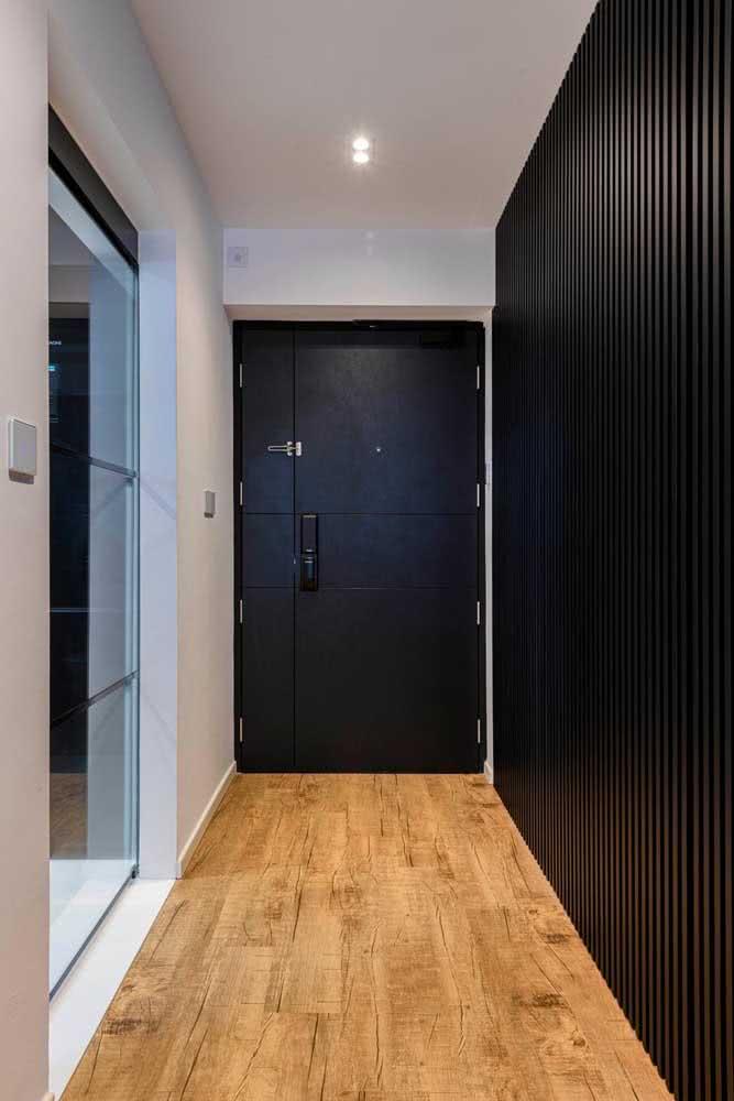 Cores neutras para combinar com a porta preta simples