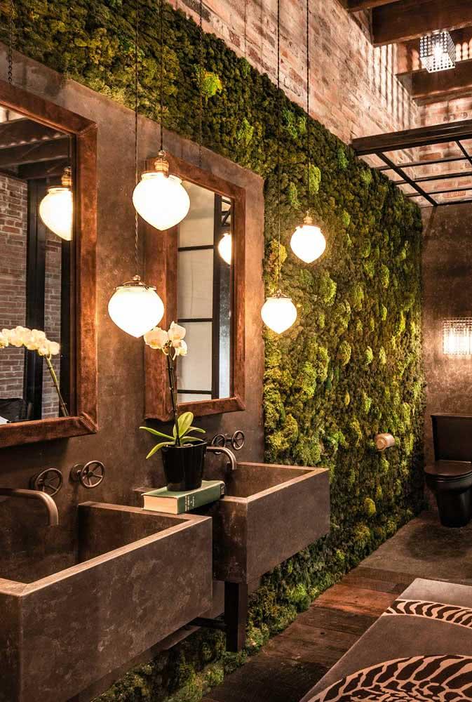 Transforme o banheiro com um jardim vertical artificial
