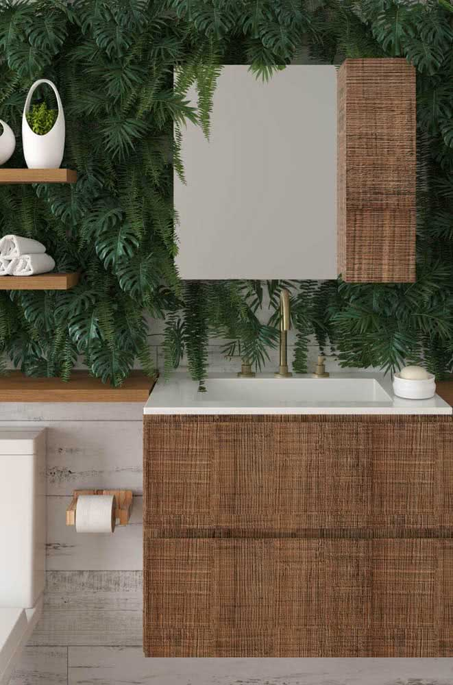 Um toque de verde na decoração desse outro banheiro