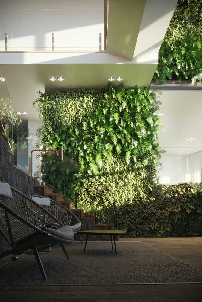 Um jardim vertical artificial externo do tamanho que você desejar