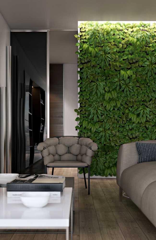 Jardim vertical artificial para sala com plantas em um único tom de verde