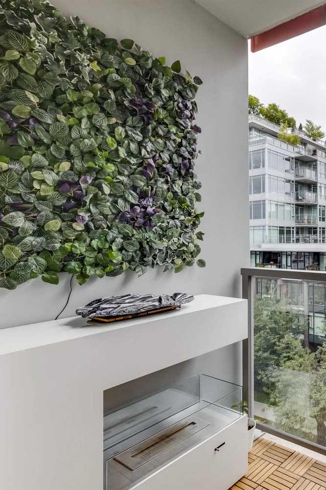 Jardim vertical artificial pequeno para a varanda do apartamento