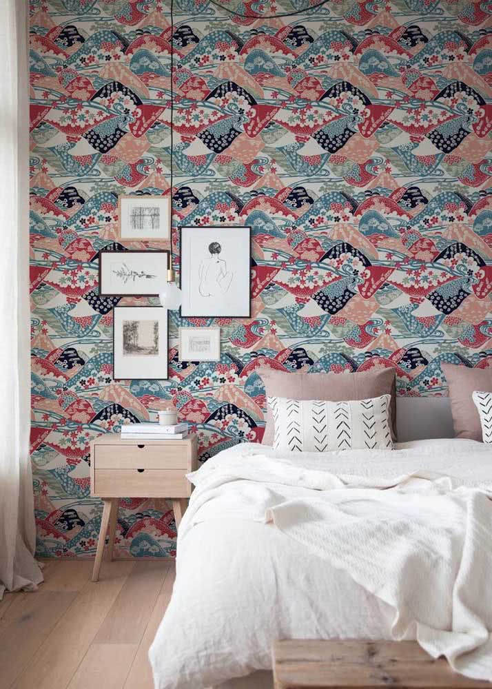 Papel de parede para quarto feminino moderno em cores vivas e contrastantes