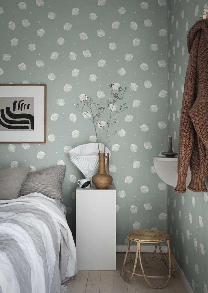 Papel de parede delicado, neutro e moderno como a decoração do quarto