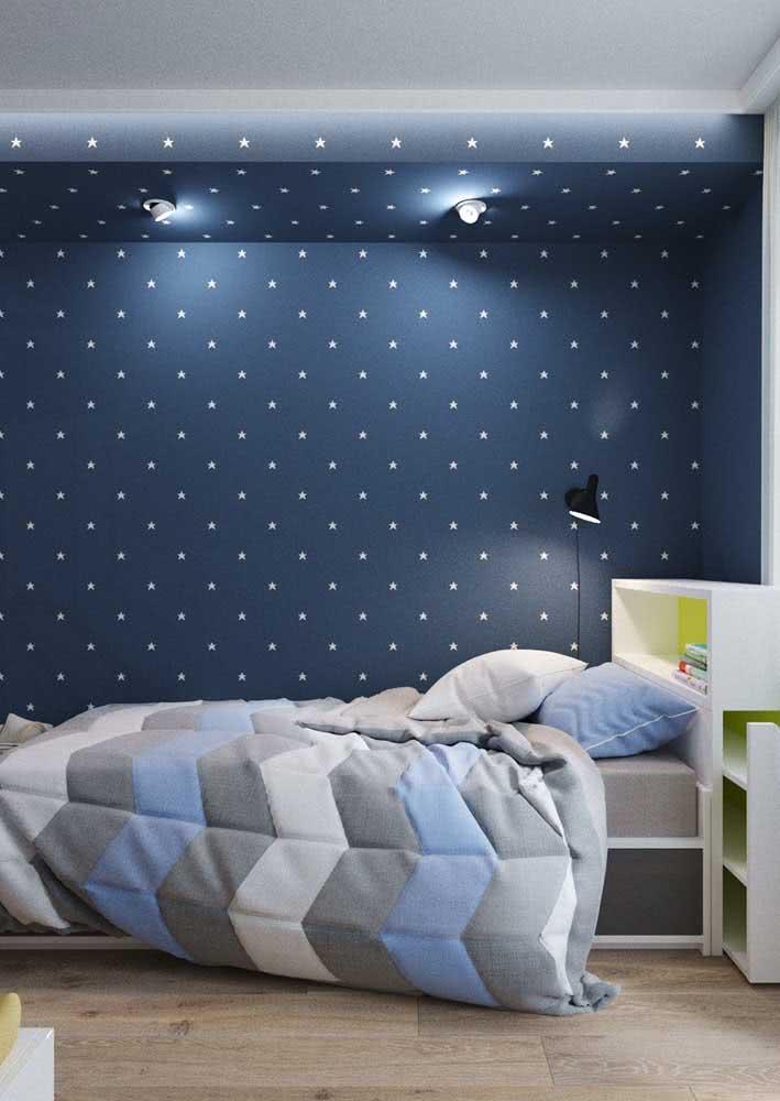 De olho nos céus: veja este incrível papel de parede azul com estrelas.