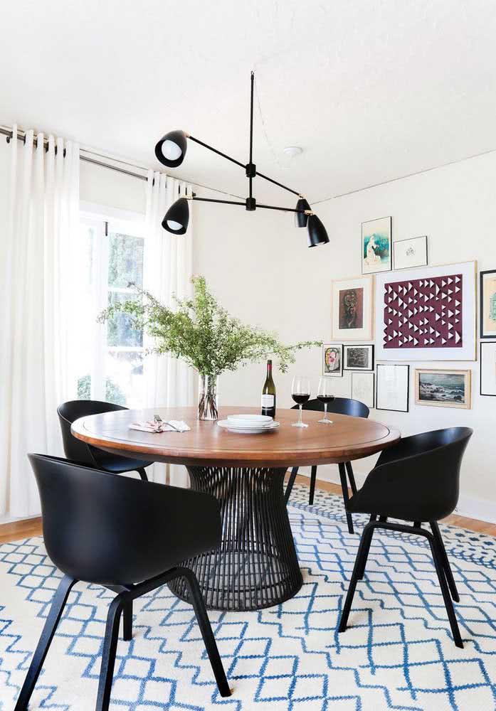 A base da mesa redonda pode fazer toda a diferença na composição dos ambientes