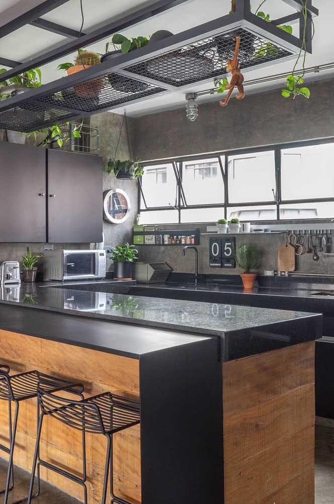 Balcão de granito para cozinha: o preto é sempre uma boa pedida em projetos modernos