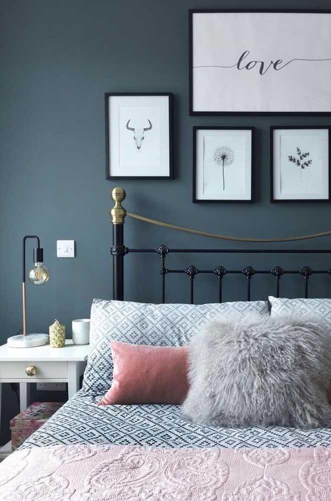 Um toque moderno na decoração romântica do quarto de casal