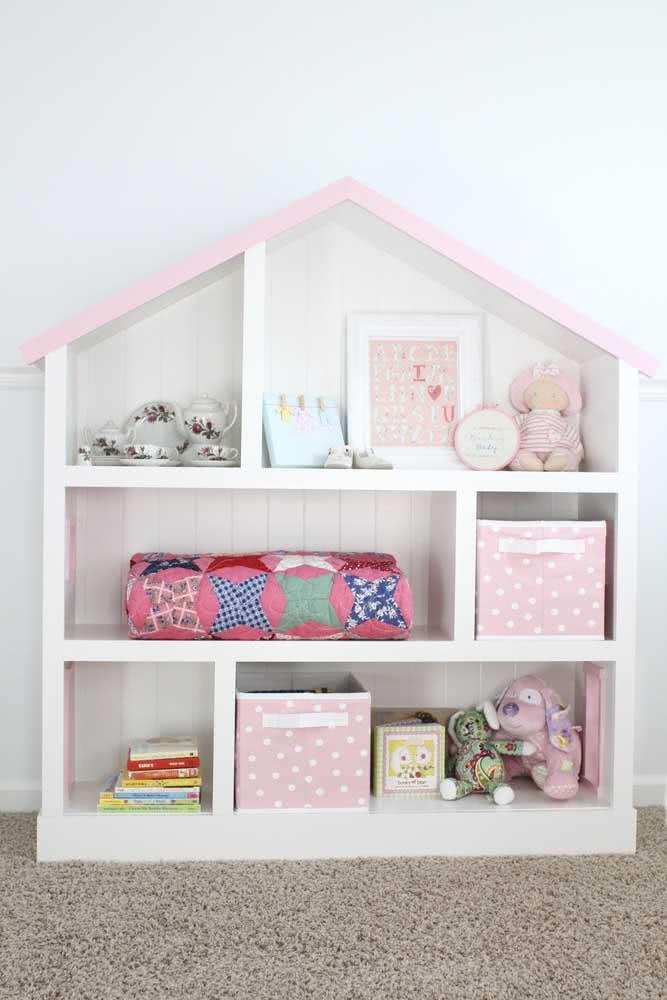Estante de papelão para brinquedos com formato casinha: uma das preferidas do momento