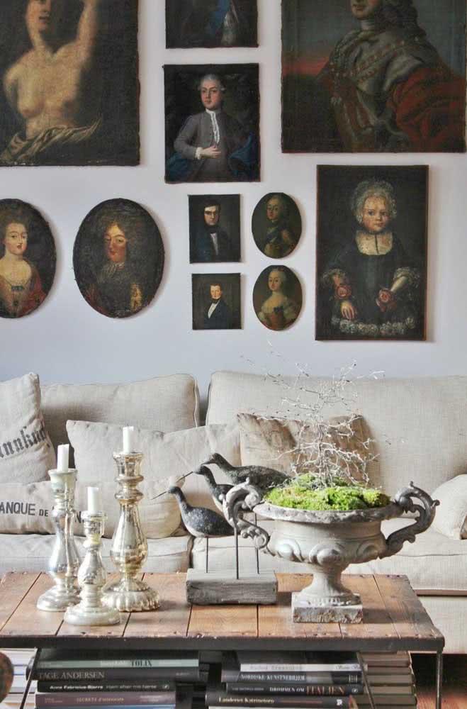Composição de quadros clássicos renascentistas para a decoração rústica