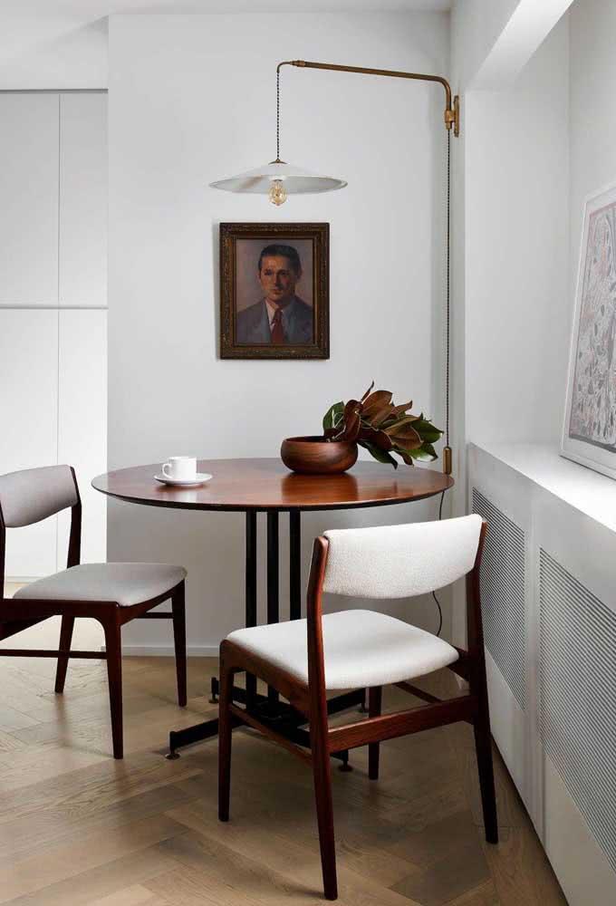 A moldura é parte fundamental da decoração com quadros clássicos