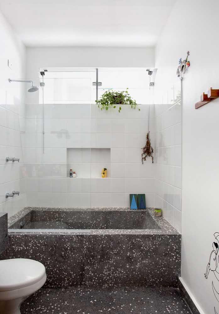 Vá no básico! Banheiro de azulejo branco é um clássico