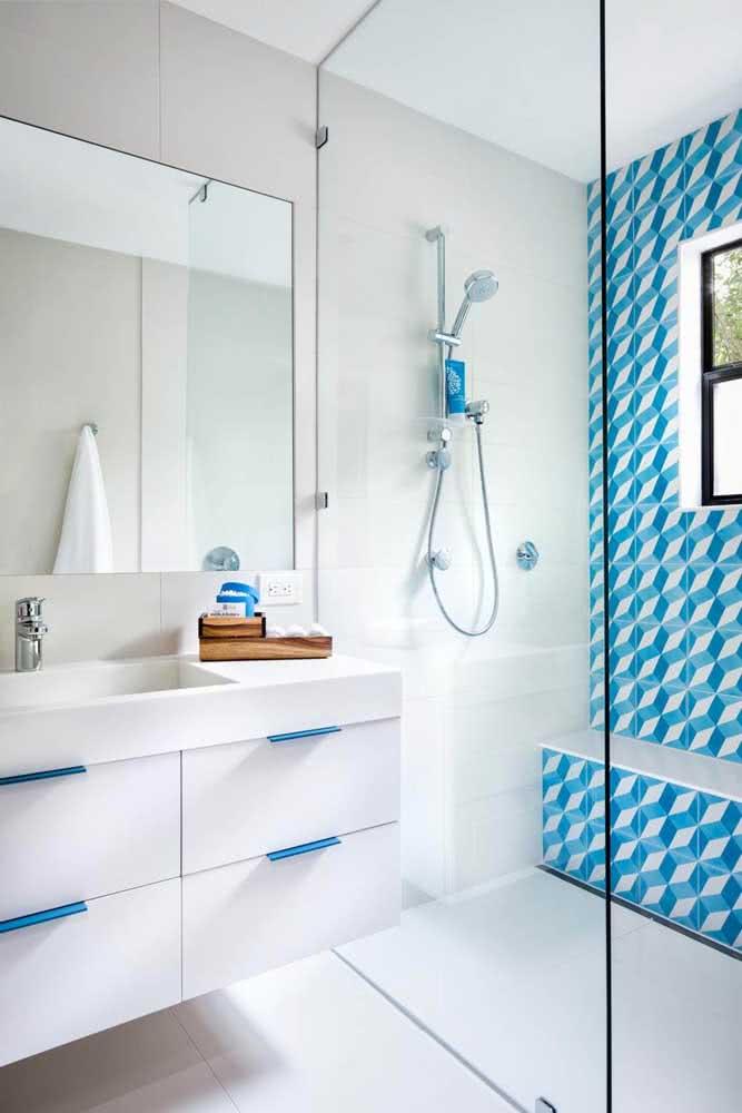 Azulejo branco e azul: uma combinação moderna e jovial