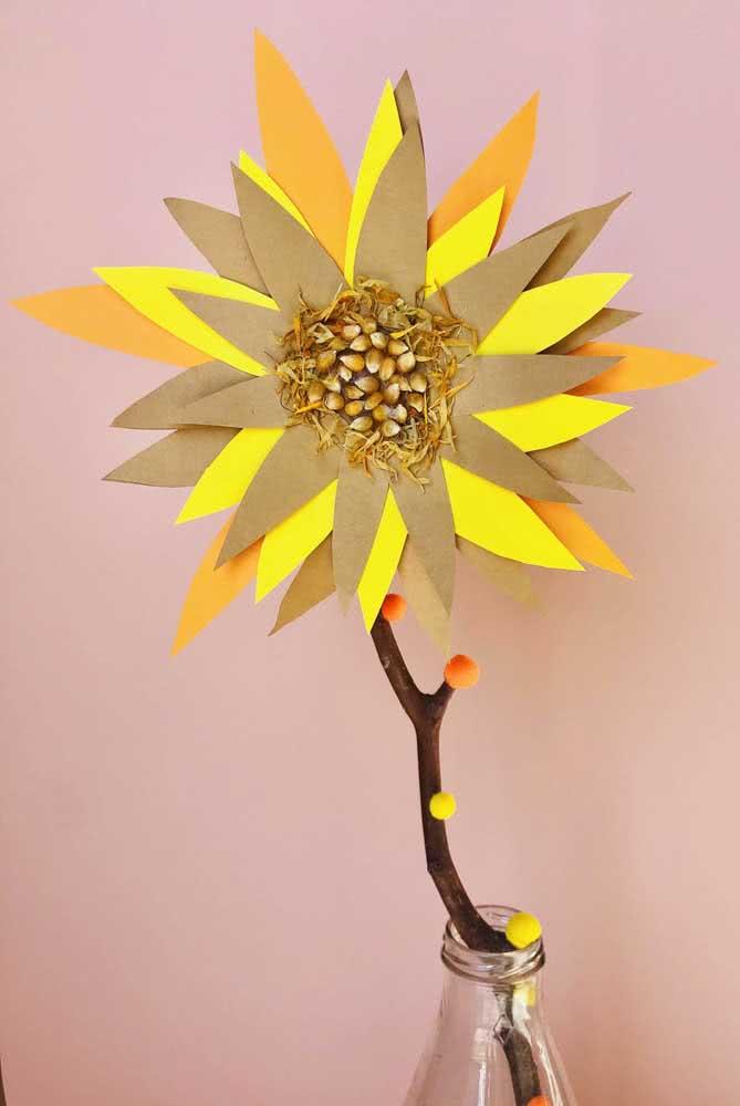 Uma releitura livre e criativa da flor de girassol