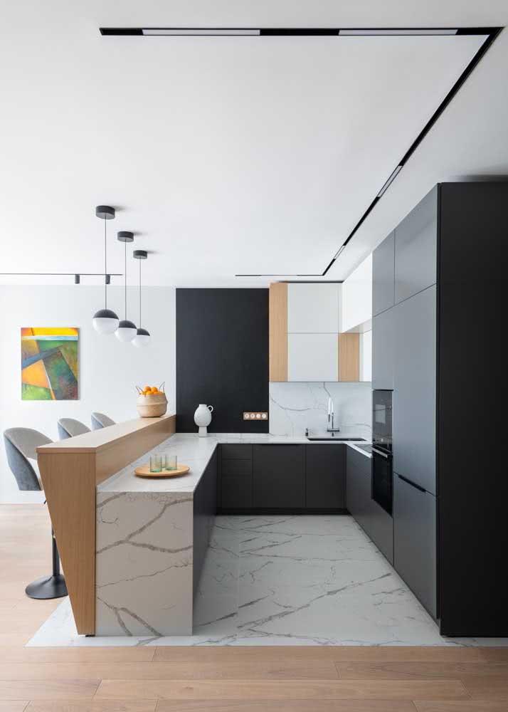 Armário de cozinha em L com bancada e torre quente