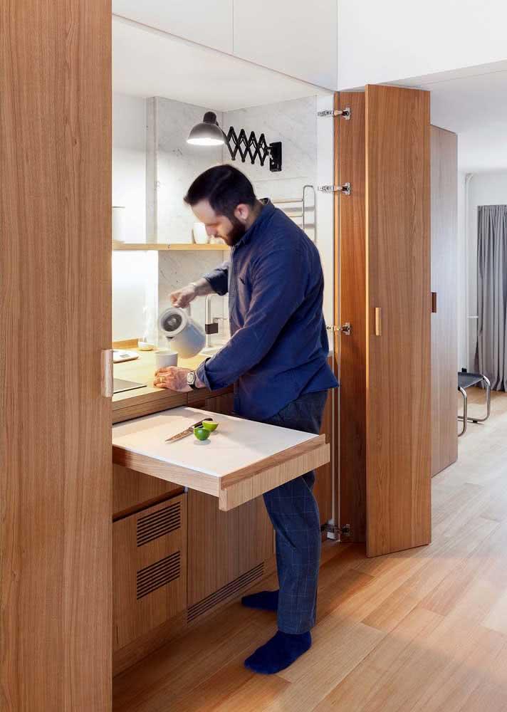 Soluções práticas para o dia a dia. Esse é objetivo do armário de cozinha planejado
