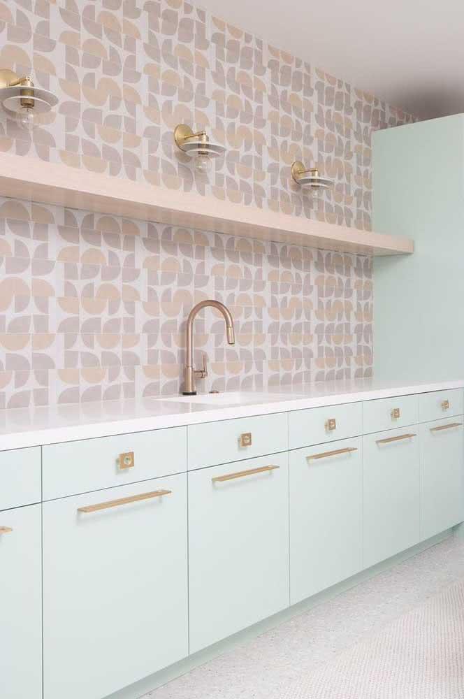 Branco e rosé: dica de cozinha delicada e romântica, mas sem cair em clichês