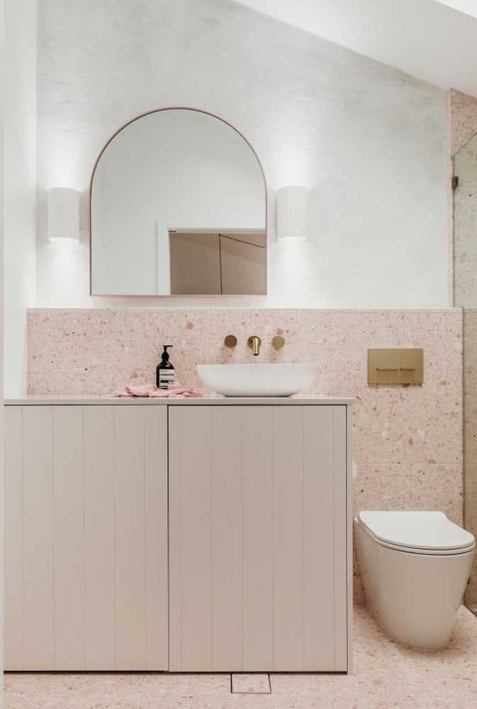 Delicado, o banheiro nude rosé também é clean e moderno